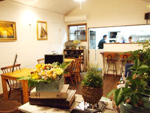 marimo café & dining 店内