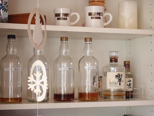 カフェ小春日和 お酒の棚