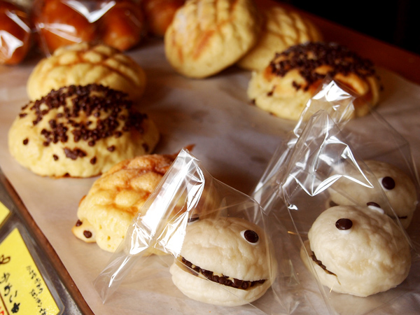 hana panda 菓子パン