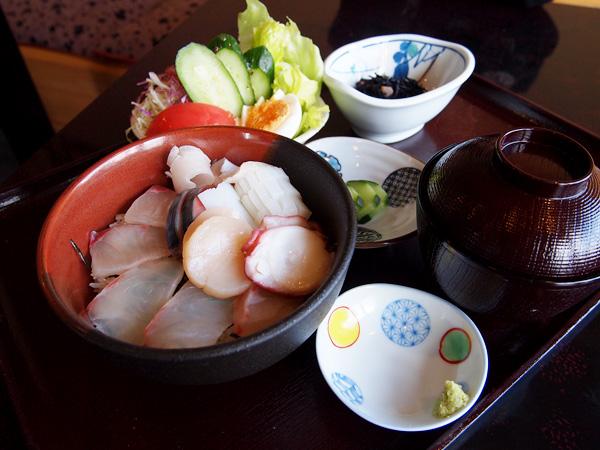 もりやま 海鮮丼ランチ