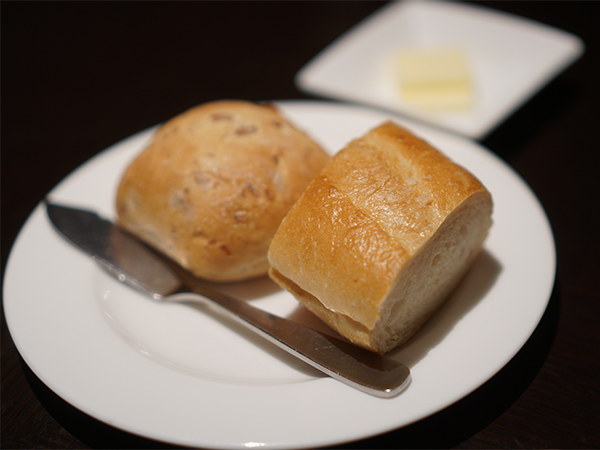 ベンジャロン スペシャルランチ パン