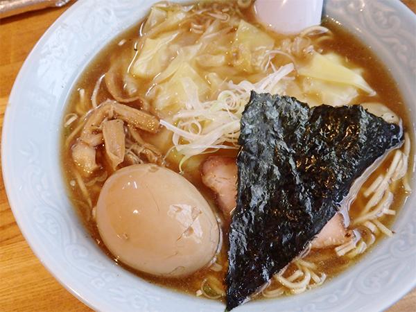 おかめ 魚介系スープ・ワンタン麺