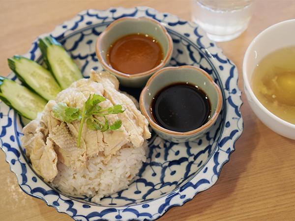 タイ料理 Thonglor(トンロー) カオマンガイ