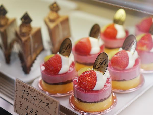 フランス菓子の店 巴里 ケーキ