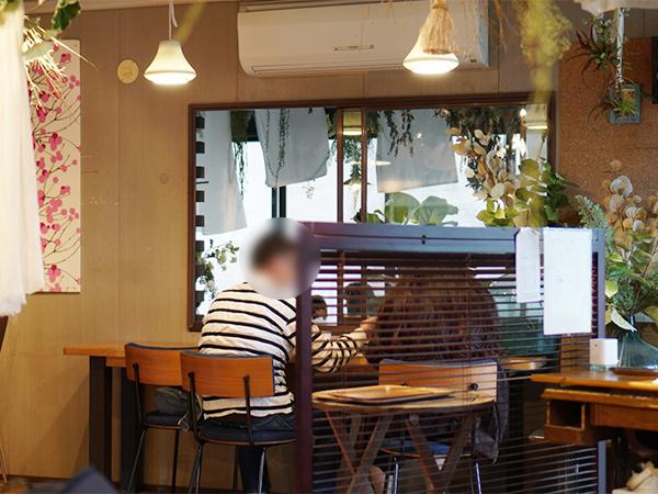 桃農家カフェ ラペスカ 店内