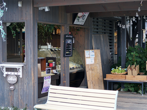 桃農家カフェ ラペスカ ジェラート販売窓口