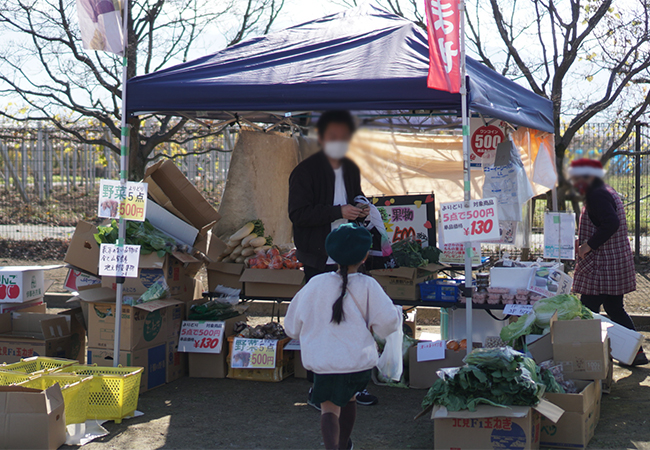 ふえふきマルシェ 御坂の湯前広場 野菜販売のお店